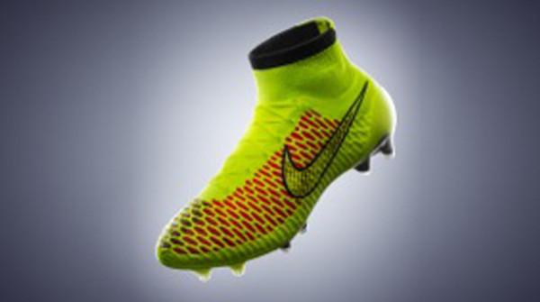Nike Magista, i scarpini a collo alto – La Notte Online