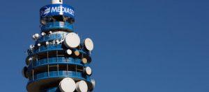 Mediaset e Sky, accordo storico: Premium sul satellitare, Sky anche sul digitale terrestre