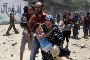 Gaza, Israele schiera 100 cecchini. Uccisi 16 palestinesi