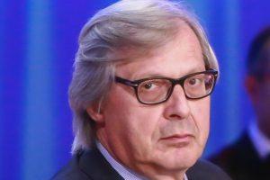 """Sicilia, Vittorio Sgarbi si dimette da assessore ai Beni Culturali: """"Musumeci dipendente dei 5 Stelle"""""""