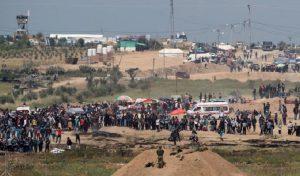 Gaza, ancora scontri al confine con Israele: sette palestinesi uccisi, oltre mille feriti