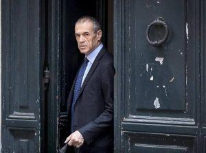 Cottarelli: «Possibile governo politico»