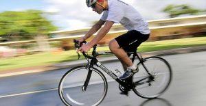 Giro d'Italia, motociclista in coma farmacologico dopo intervento