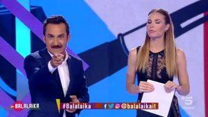 """Volano i Mondiali,ma """"Balalaika""""con la coppia Savino/Blasi si rivela un flop"""