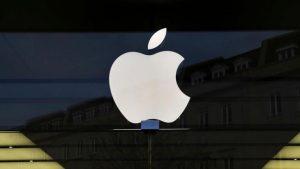 Apple affonda in Borsa, giù del 10%: rallenta l'economia della Cina
