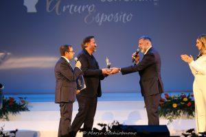 Premio Penisola Sorrentina: Il direttore del Teatro Eliseo Luca Barbareschi ha premiato Christian De Sica.