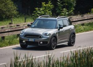 MINI Cooper S E Countryman ALL4 plug-in Hybrid, bella e un pò bugiarda