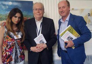 """Il Prof. Cosmo Sallustio Salvemini inaugura la seconda edizione dello Spoleto Festival Art To Napoli con il suo libro """"Non mollare"""""""