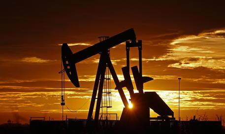 Petrolio dopo la caduta del prezzo si è verificato un rialzo