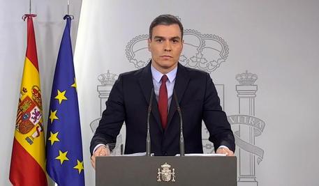 COVID19: Spagna, dopo il lockdown, prova ad rialzarsi