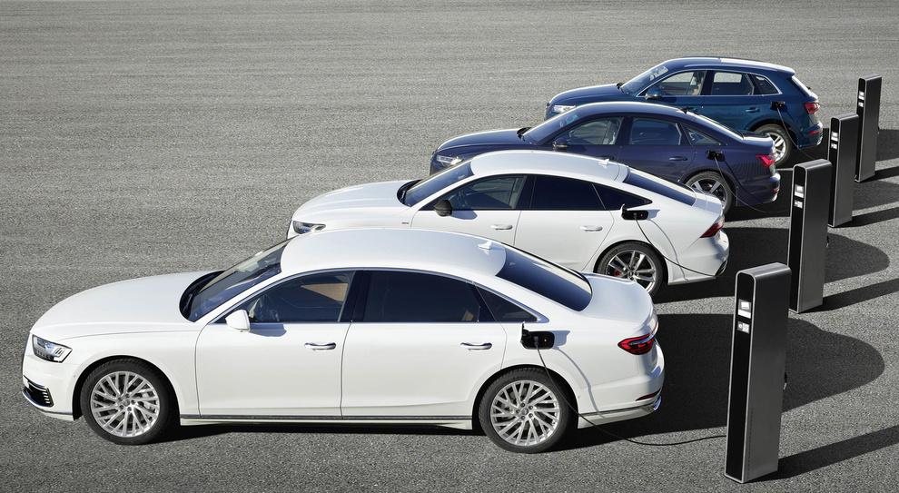 AUDI presenta 3 modelli ibridi