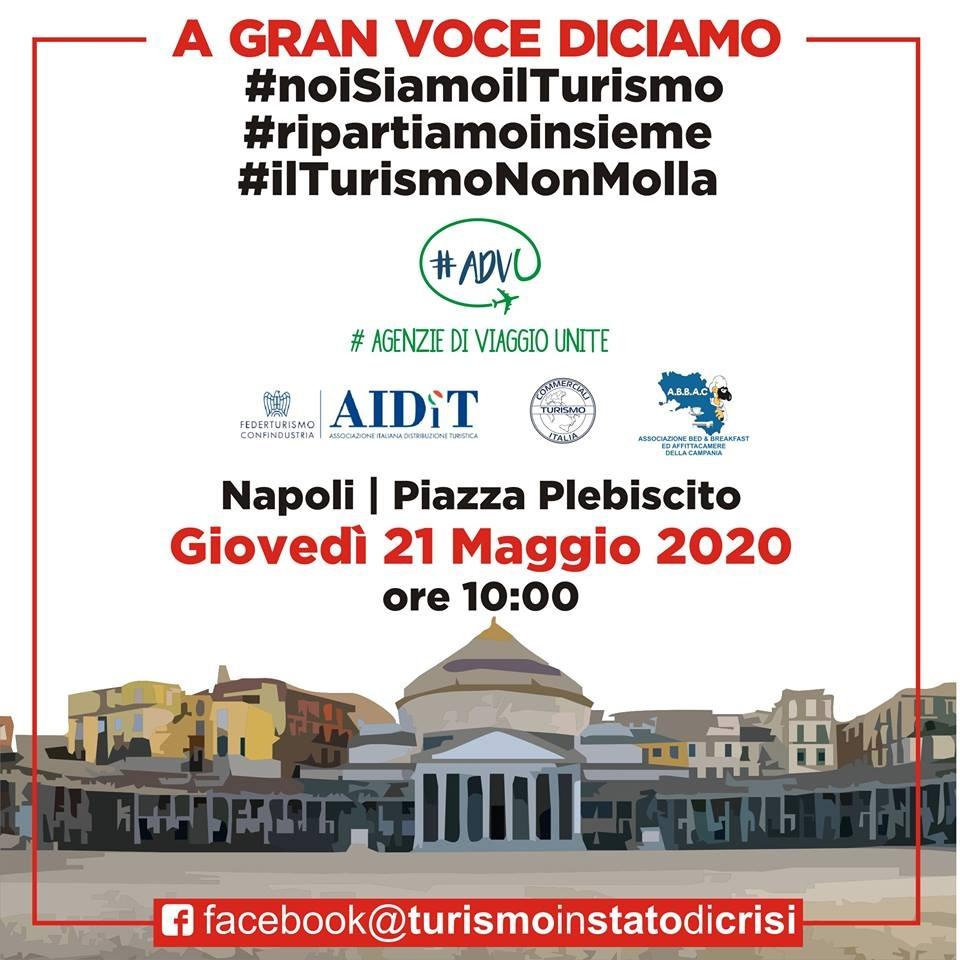 'Altro turismo' manifestazione organizzata a Napoli per sostenere il settore