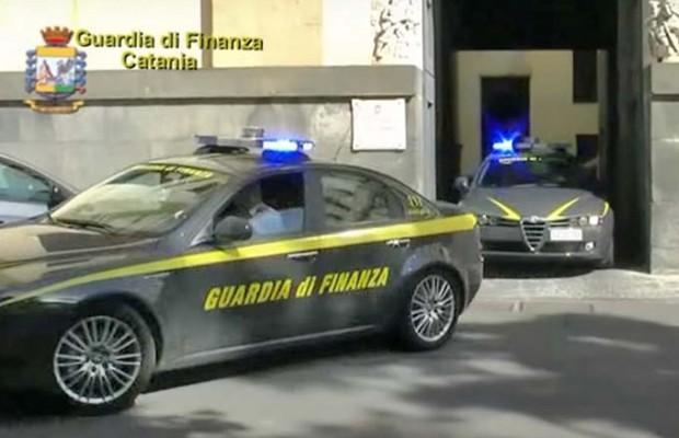 Catania: arrestati oltre 20 persone per traffico di stupefacenti