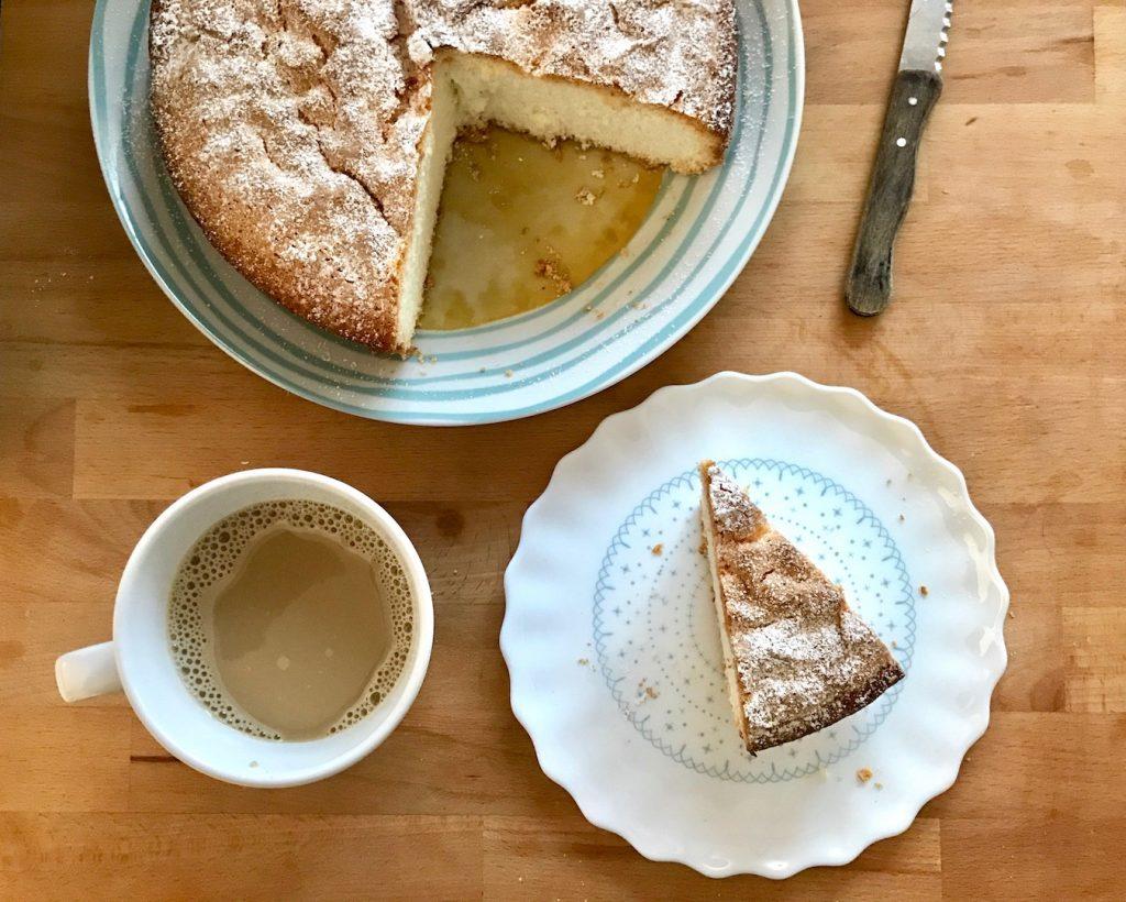 Ricetta del plumcake con avena, cocco  e quinoa per una super colazione
