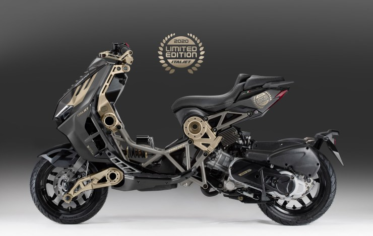 'Dragster 125/200' presentata la Limited Edition