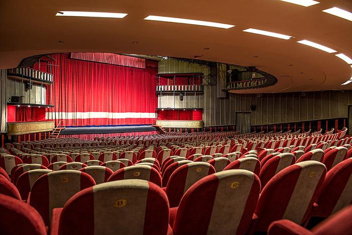Teatro Sistina a Roma: niente voucher, al via rimborsi.