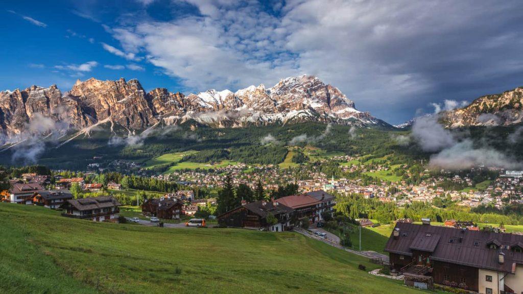 Cortina d'Ampezzo riapre ai turisti e da via al progetto 'Medical Wellness'