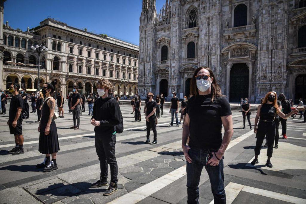 Festa della musica,artisti protestano a Piazza Duomo