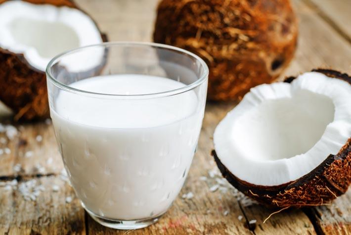 Bevanda al cocco: ecco come prepararla