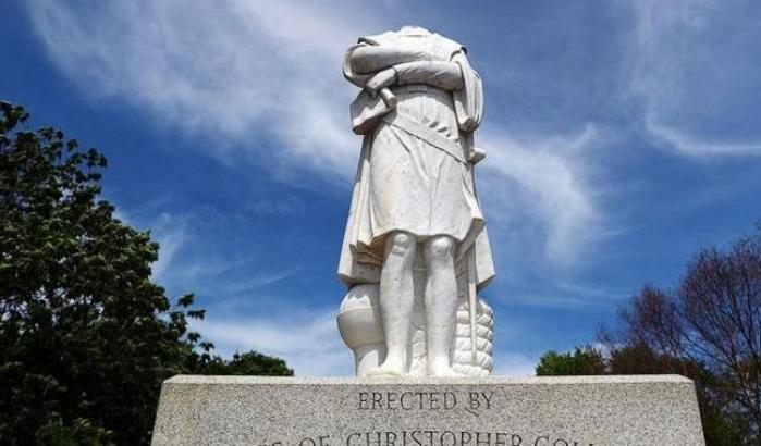 Proteste nel Meryland,gettata in mare statua di Colombo