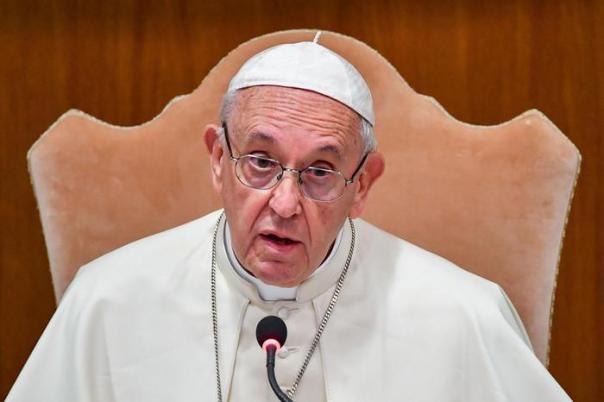 Papa Francesco e il piccolo gesto nei confronti di Alvaro: ecco la sua storia