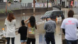 Giappone, inondazioni: evacuati più di 3 mila persone