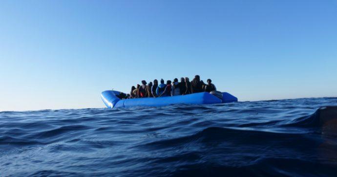 Libia: avvistati 120 migranti in difficoltà