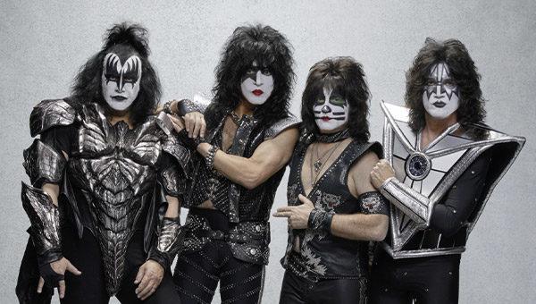 'I Kiss' annunciano la nuova data di Verona.