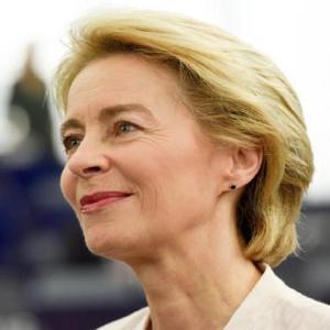 La Commissione Europea presenta la strategia energetica al 2050