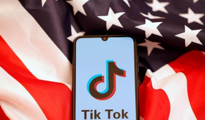 Usa, Trump lancia un nuovo decreto nei confronti di Tik Tok