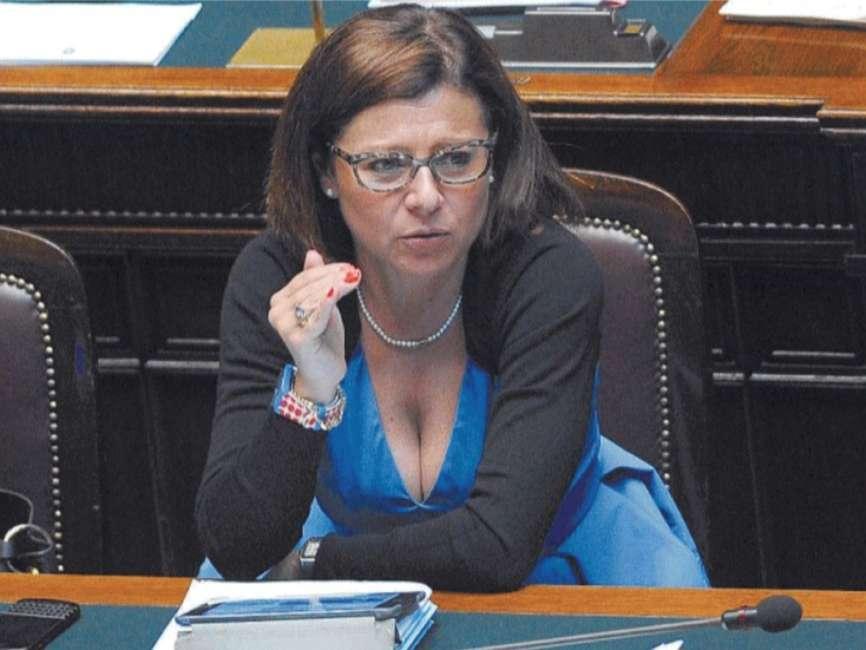 """Il Ministro De Micheli: """"il nostro sistema dei trasporti è in assoluto il più protetto del mondo"""""""