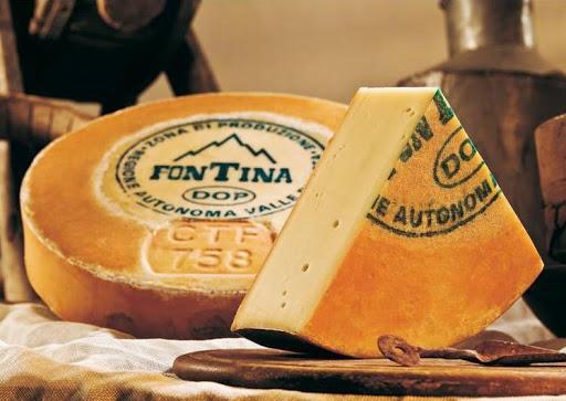 Fontina: prodotto tipico della Valle D'Aosta