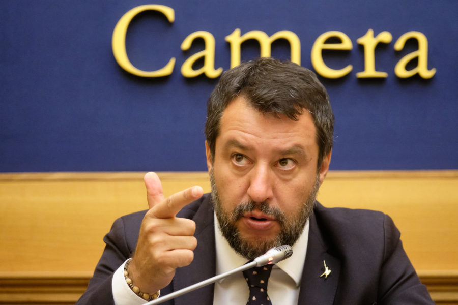 """Lega sotto accusa, Salvini:""""persone arrestate sono oneste, fiducia nei pm"""""""