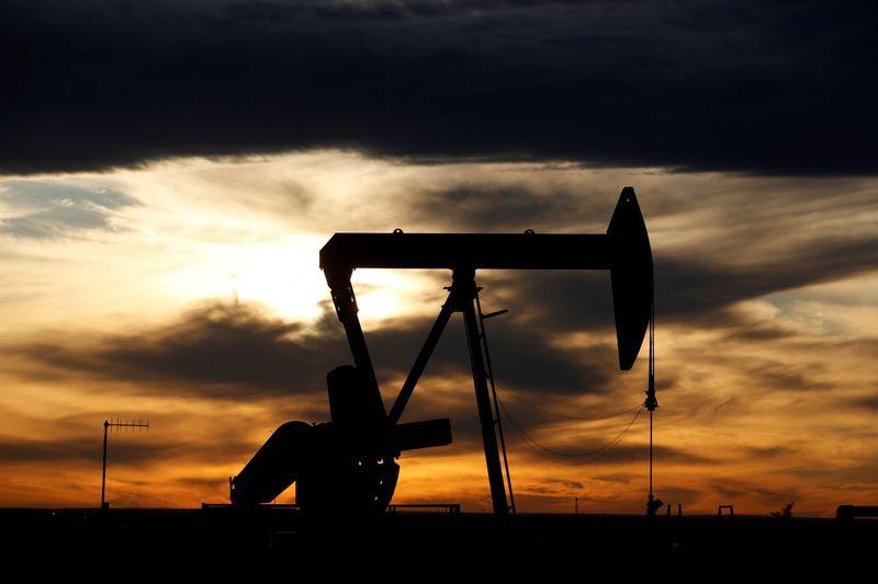 Uragano Sally: stop alla produzione di petrolio
